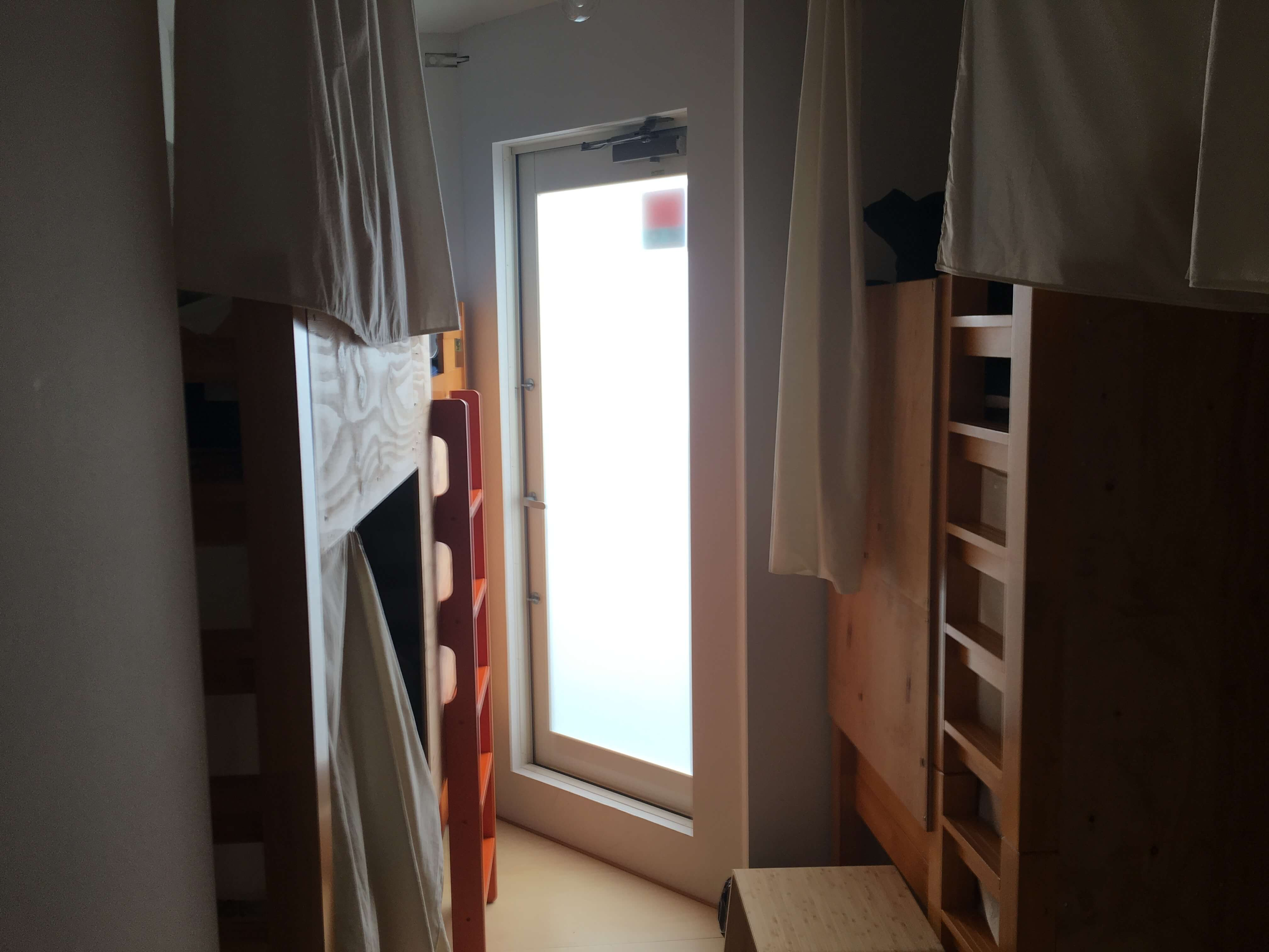 宿01 ドミトリー ベッド