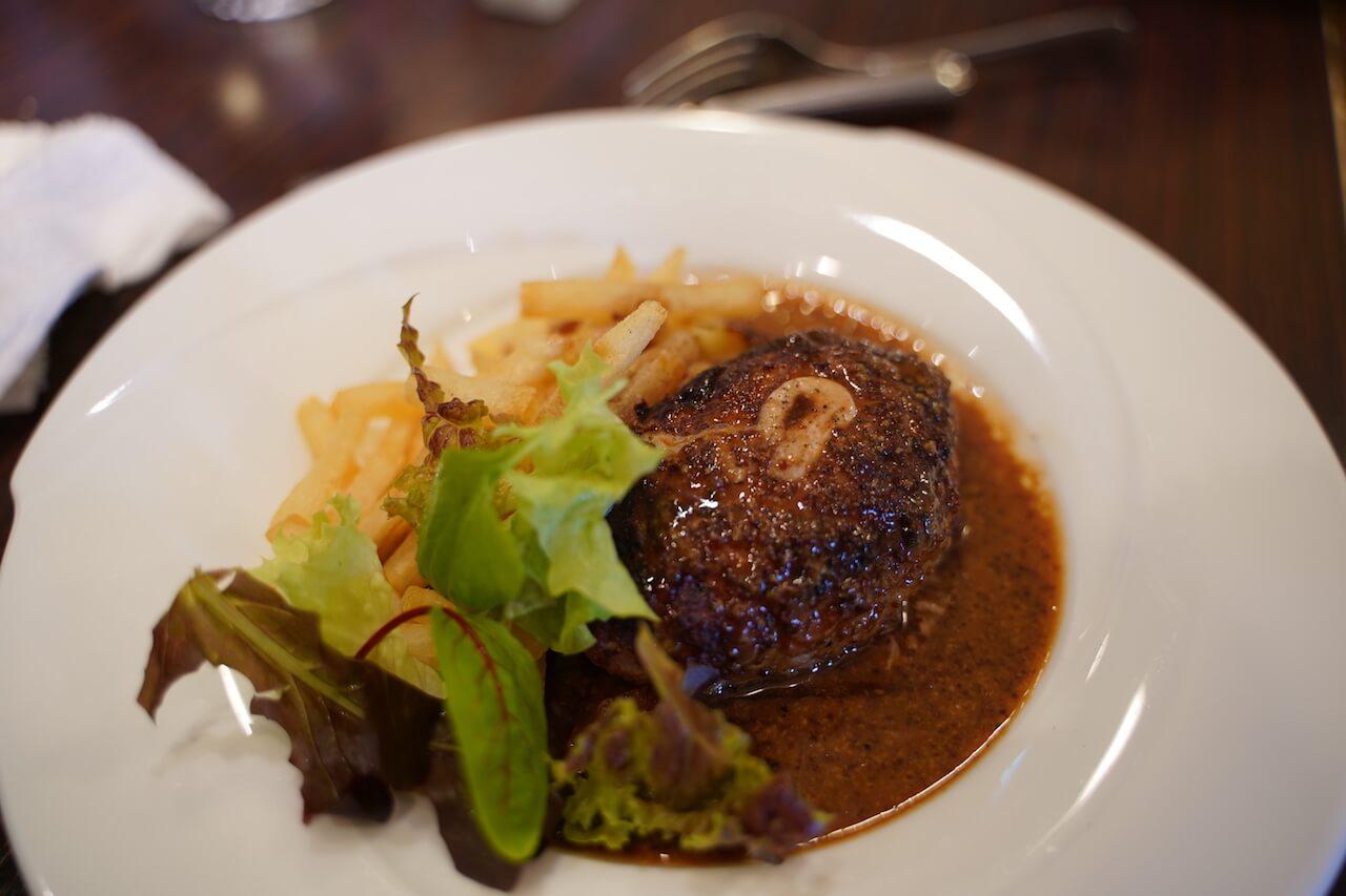 伊万里 フランス料理 ブイヨン ランチ 伊万里牛のハンバーグ