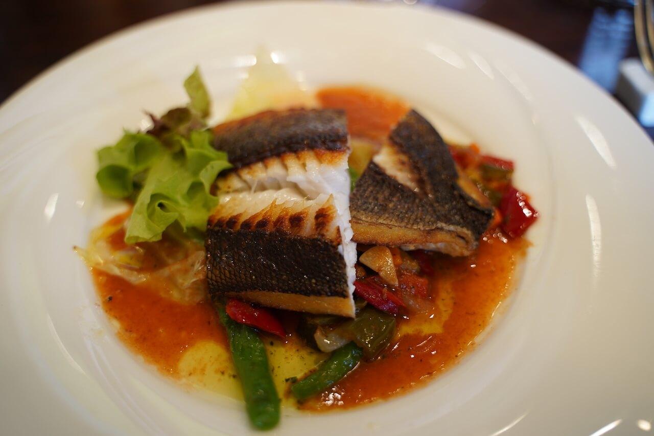 伊万里 フランス料理 ブイヨン ランチ イサキのポワレ