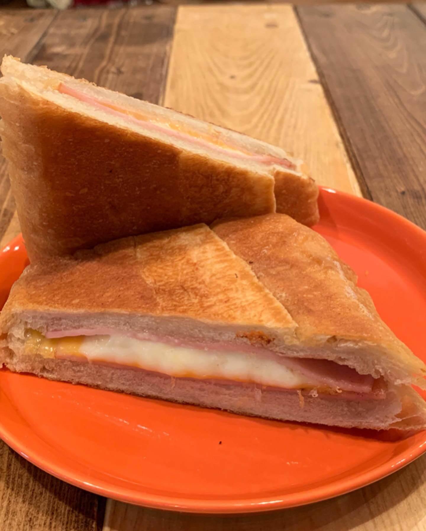 『cubano tea channel』料理と店内の メニュー