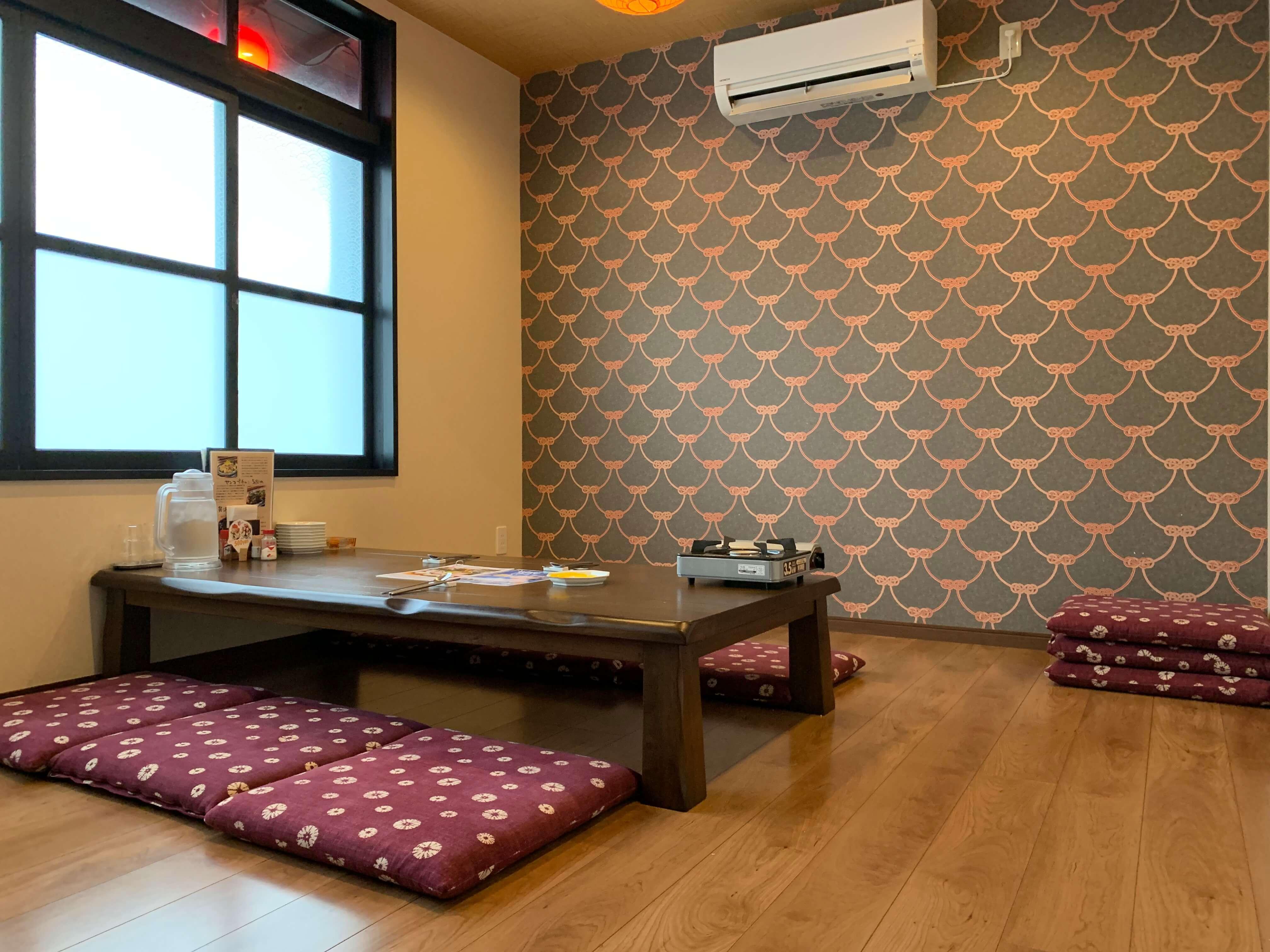 伊万里の韓国家庭料理『チングとここで』個室