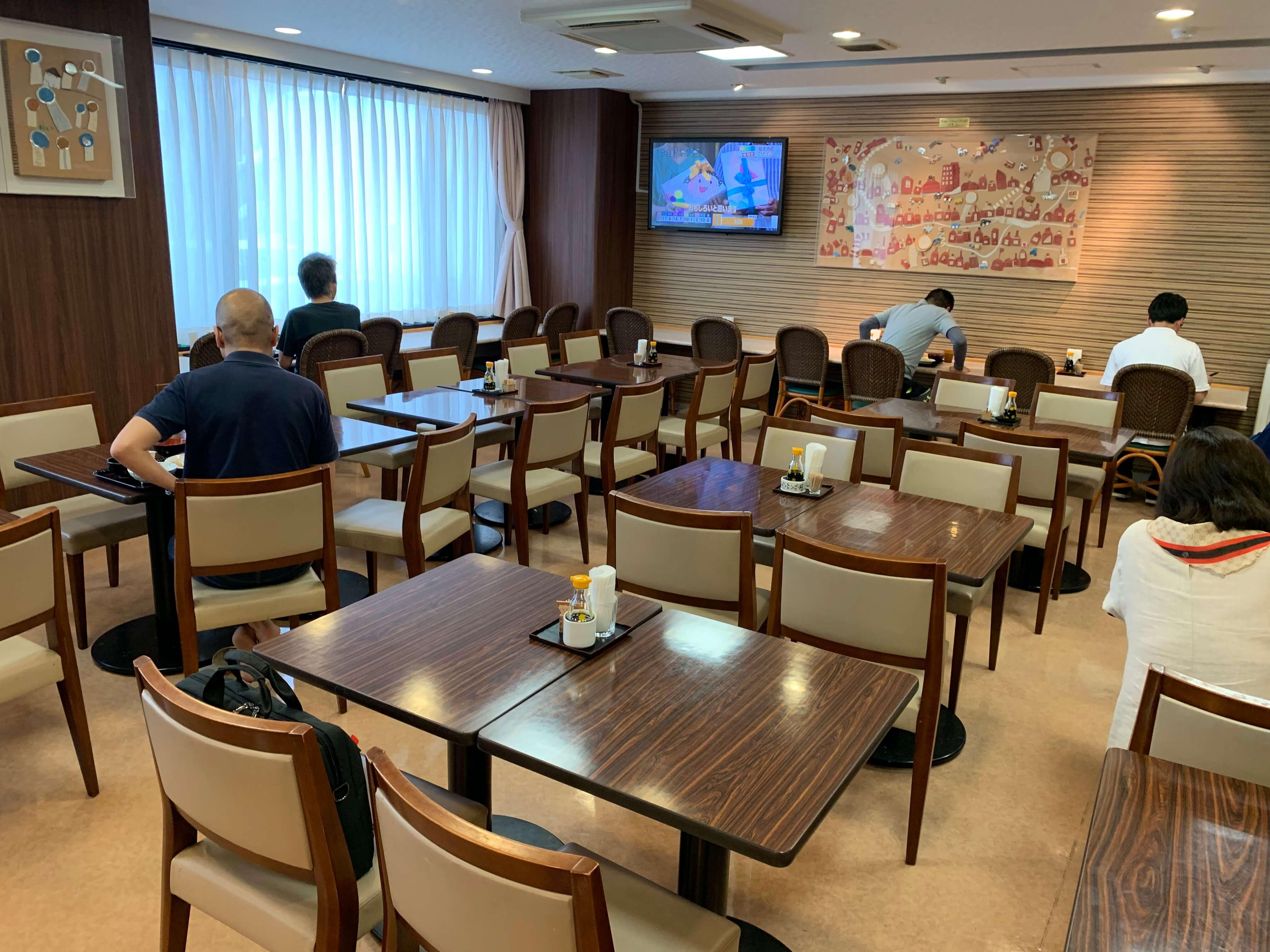 セントラルホテル伊万里 朝ごはん 食堂